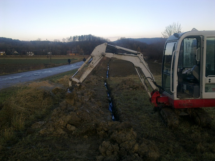 Budowa sieci kablowej w Lipniku
